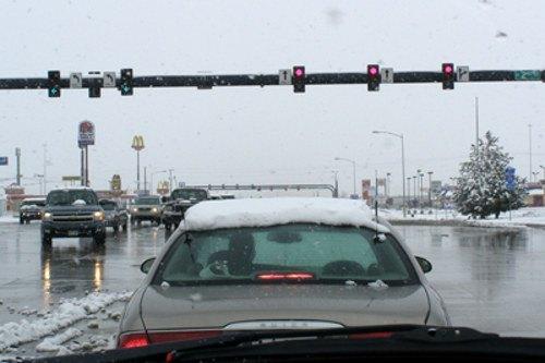 Snowy weather windshield wiper